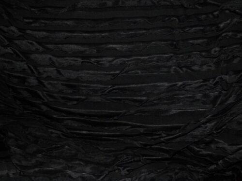 tissu jersey froufrous  col noir 50x150 cm