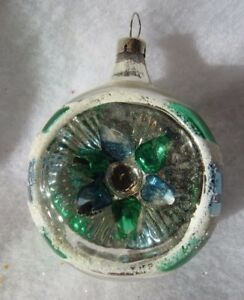 VINTAGE-GLASS-CHRISTMAS-TREE-ORNAMENT-DEEP-INDENT-BLUE-GREEN-STRIPE-SNOW-GLITTER