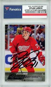 Dylan-Larkin-Red-Wings-Signed-2015-16-UD-Series-One-228-Young-Guns-Rookie-Card