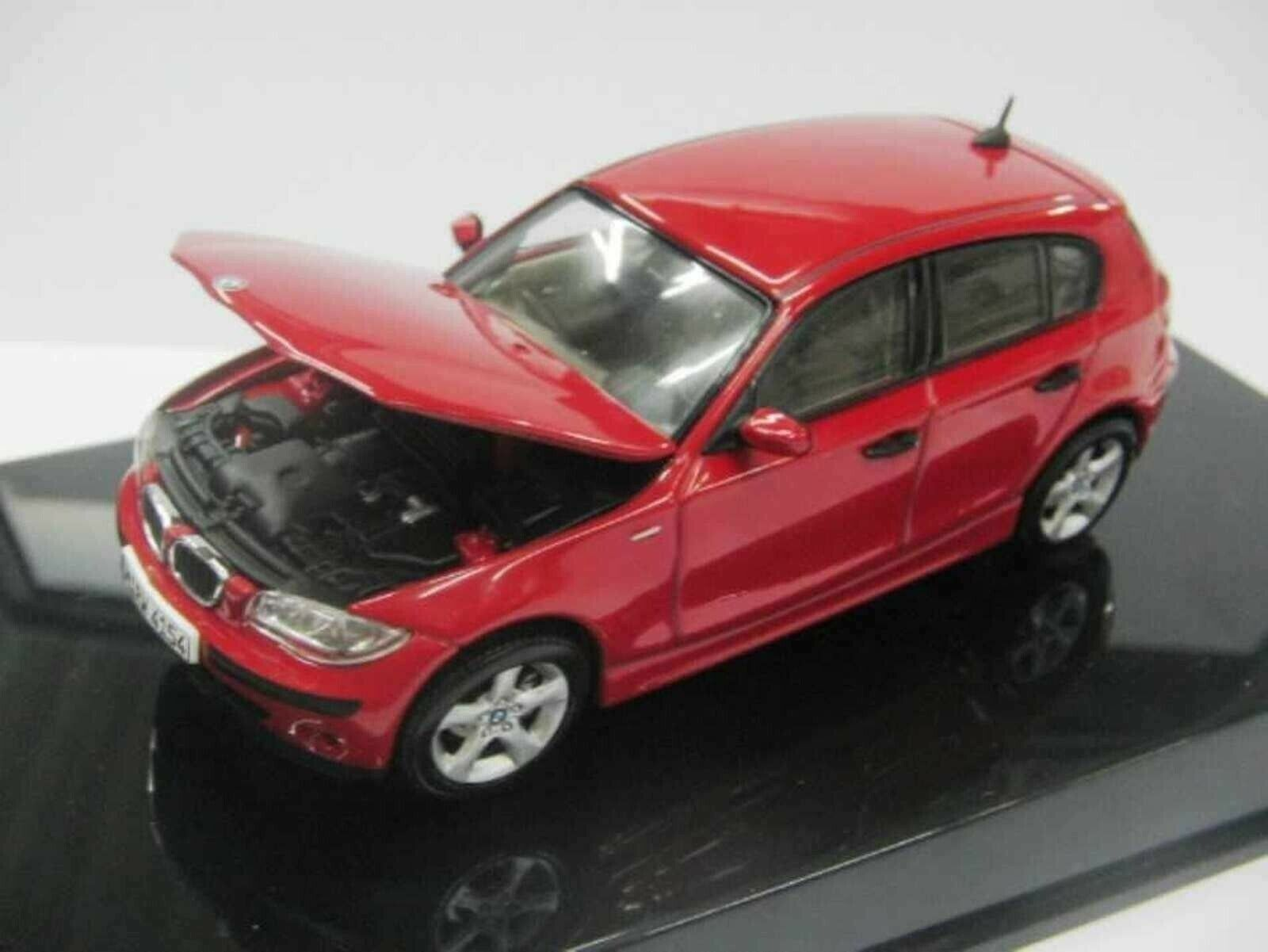 WOW EXTREMELY RARE BMW E87 1 series 2.0L 16V 2004 Red 1 43 AutoArt-Minichamps