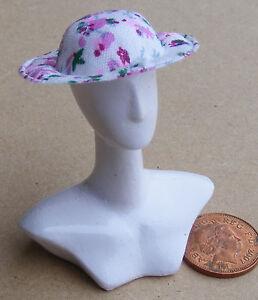 Appris 1:12 Échelle Med Rose Tissu Floral Femmes Chapeau Poupées Vêtements Accessoire CoûT ModéRé