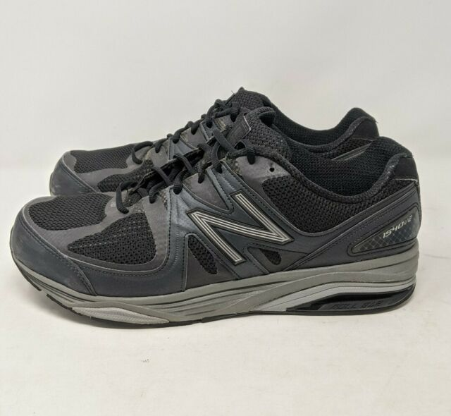 New Balance Mens 1540v2 Running Shoes Black Low Top Lace Up Sneakers 6E 13