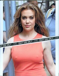 Pictures Of Alyssa Milano Naked