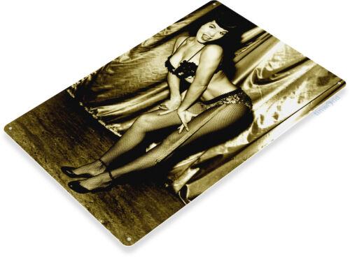 TIN SIGN Betty Page Pose Metal Décor Wall Art Pin-up Shop Garage Bar A725