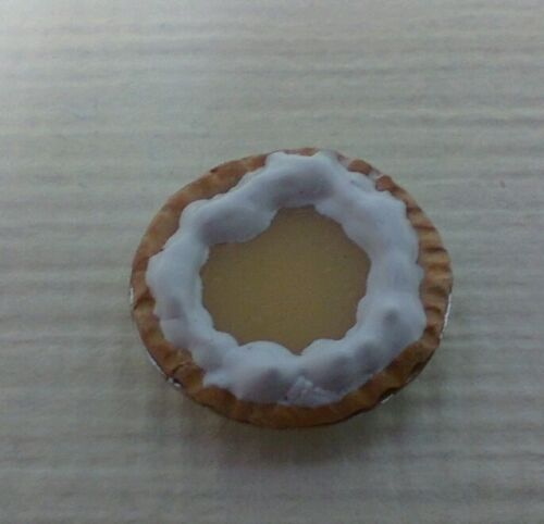 Dollhouse Miniatures Handcrafted Lemon Pie in tiny metal pie plate.1:12 scale
