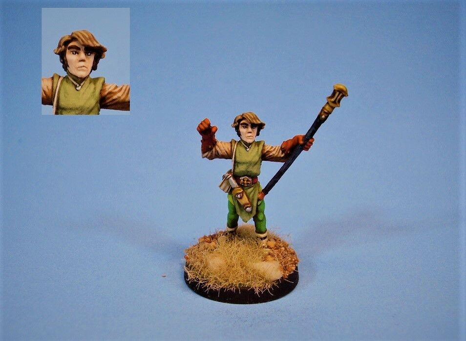 Ral Partha painted miniature mage with staff