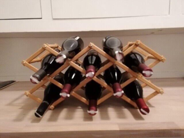 Hjemmebar, vinreol