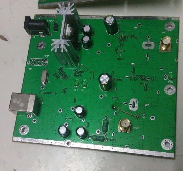 NWT4000-1 138M-4.4G sweep simple spectrum analyzer generator