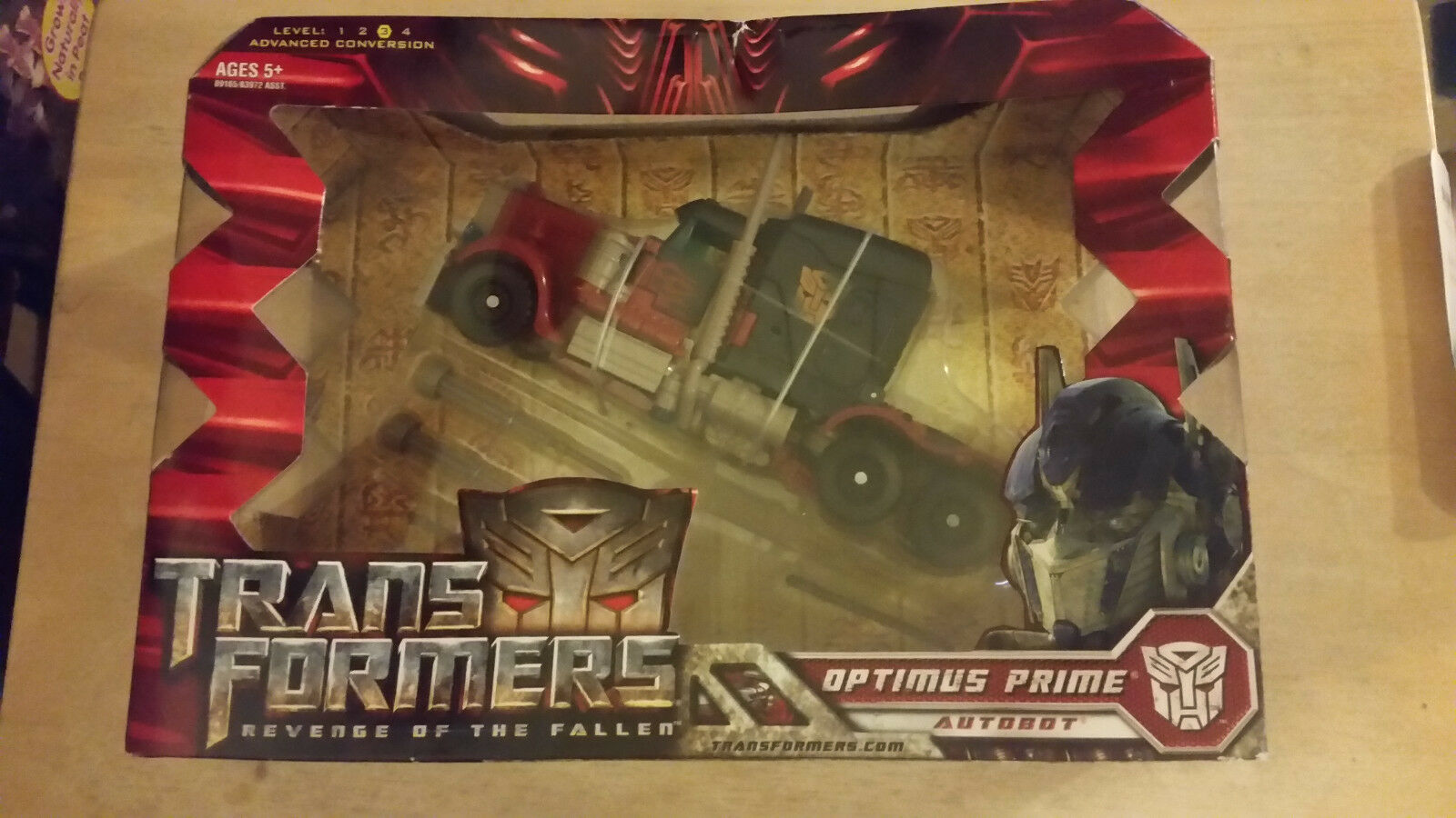 2008 Transformers Optimus Prime Autobot  Voyager Class Action Figure