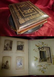 Antique-1899-VICTORIAN-MUSICAL-PHOTO-ALBUM-Leather-full-CDVs-Cabinets-Working