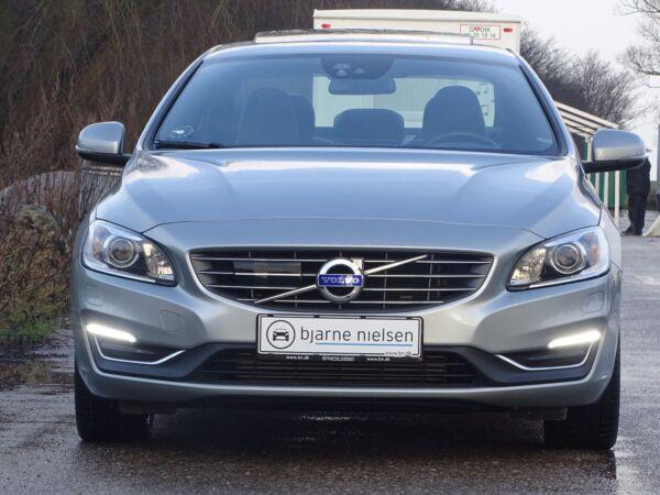 Volvo S60 2,0 D4 190 Momentum aut. - billede 2