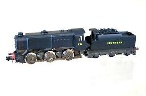 GRAHAM-FARISH-KIT-BUILT-LANGLEY-SOUTHERN-SR-0-6-0-CLASS-Q1-LOCO-C6-NICE-mz