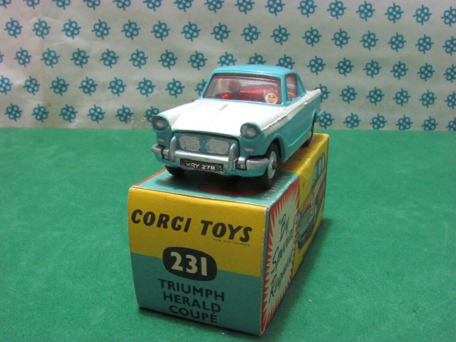 Vintage - TRIUMPH HERALD coup 65533;rough 65533;- Corgi Toys 231 - MIB