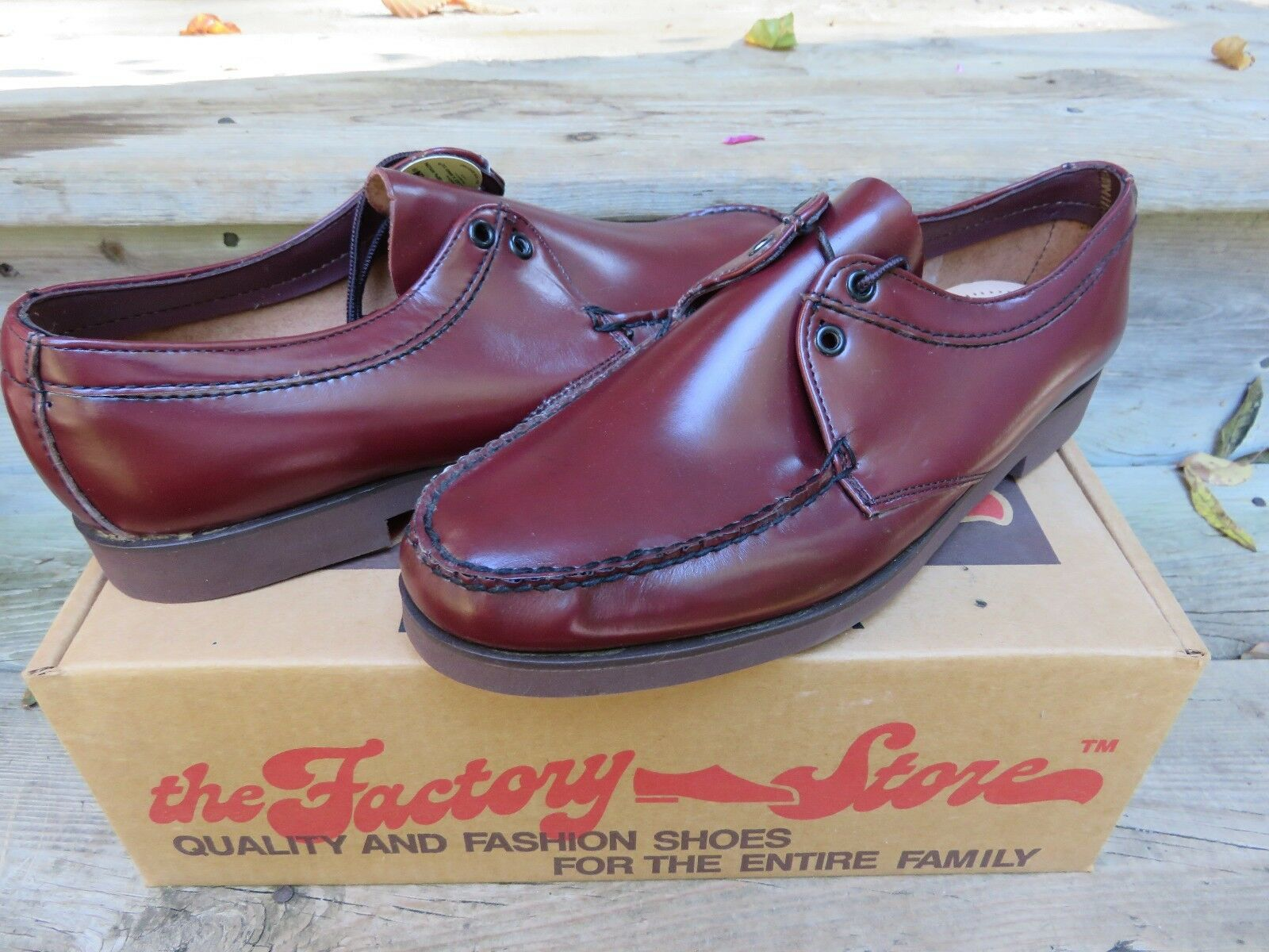 NEW The Factory Store Burgundy Oxford Style Casual Dress Shoes Size 10 D/B Scarpe classiche da uomo