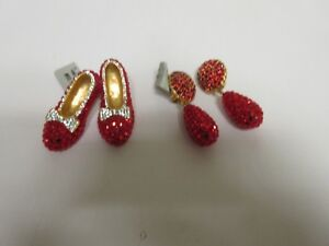 Costume Jewelry ,Vintage , Dorothy Red Slippers Brooch