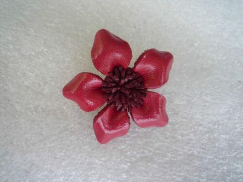 Brosche Blume Blüte Ansteckblume Echt Leder Lederblume Handarbeit Lederschmuck