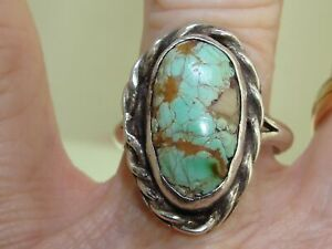 VINTAGE 1940'S ERA OLD PAWN NATIVE AMERICAN STERLING & GREEN TURQUOISE RING!
