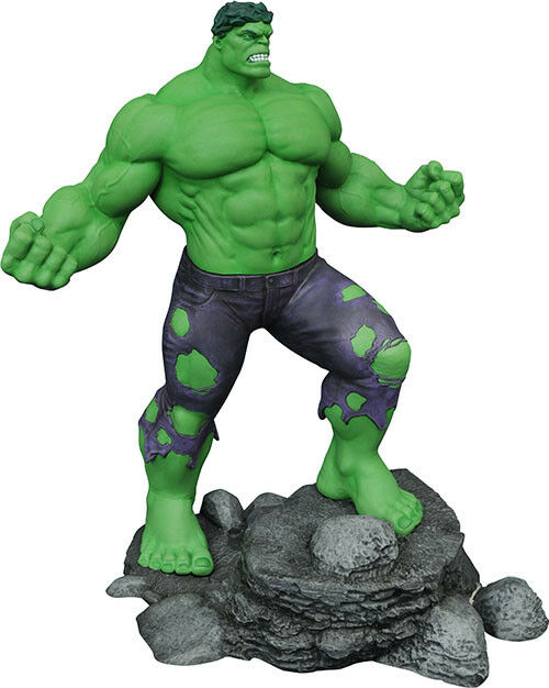 Marvel Gallery 11 Inch Statue Figure - The incROTible Hulk