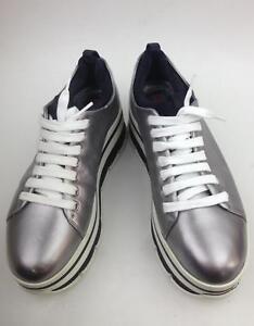 526059c59c Image is loading Prada-Wave-metallic-leather-platform-sneakers-Silver -mismatch-