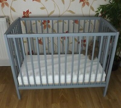 Grey Mattress Compact Fast Delivery Mini Space Saver Small Cot 4 Baby
