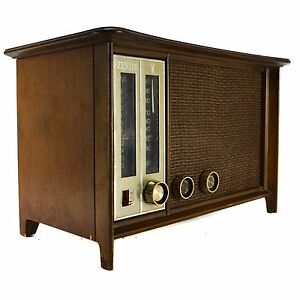 Zenith N731 2-2345 Table Tube AM FM Radio Wood Vintage 35W 7V07 (AS IS)