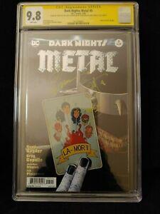 Dark-Nights-Metal-5-CGC-SS-9-8-Scott-Snyder-034-Rock-On-034-amp-Sig-Greg-Capullo-Sig