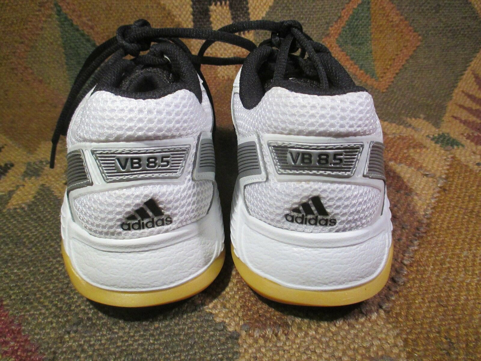 NEW NEW NEW ADIDAS VB 8.5  VOLLEYBALL Chaussures Taille 9 - USA e8668c