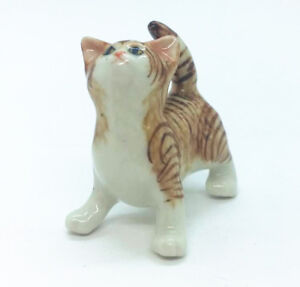 Ceramic Coatimundi Figurine Decorative Miniature Collectible Coati Pet Figure