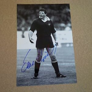 SEAN-FITZPATRICK-RUGBY-player-ALL-BLACKS-IN-PERSON-signed-photo-8-x-12-autograph
