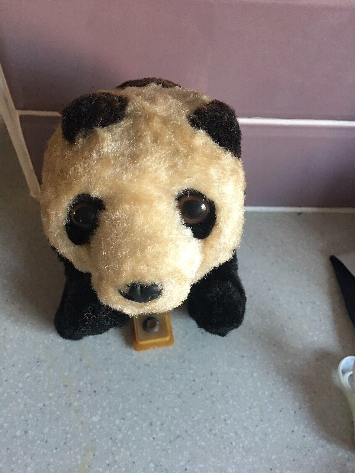 """Sällsynta Röda Kina 1960-65533; """"FRAM5533;Walking Panda Bear"""""""