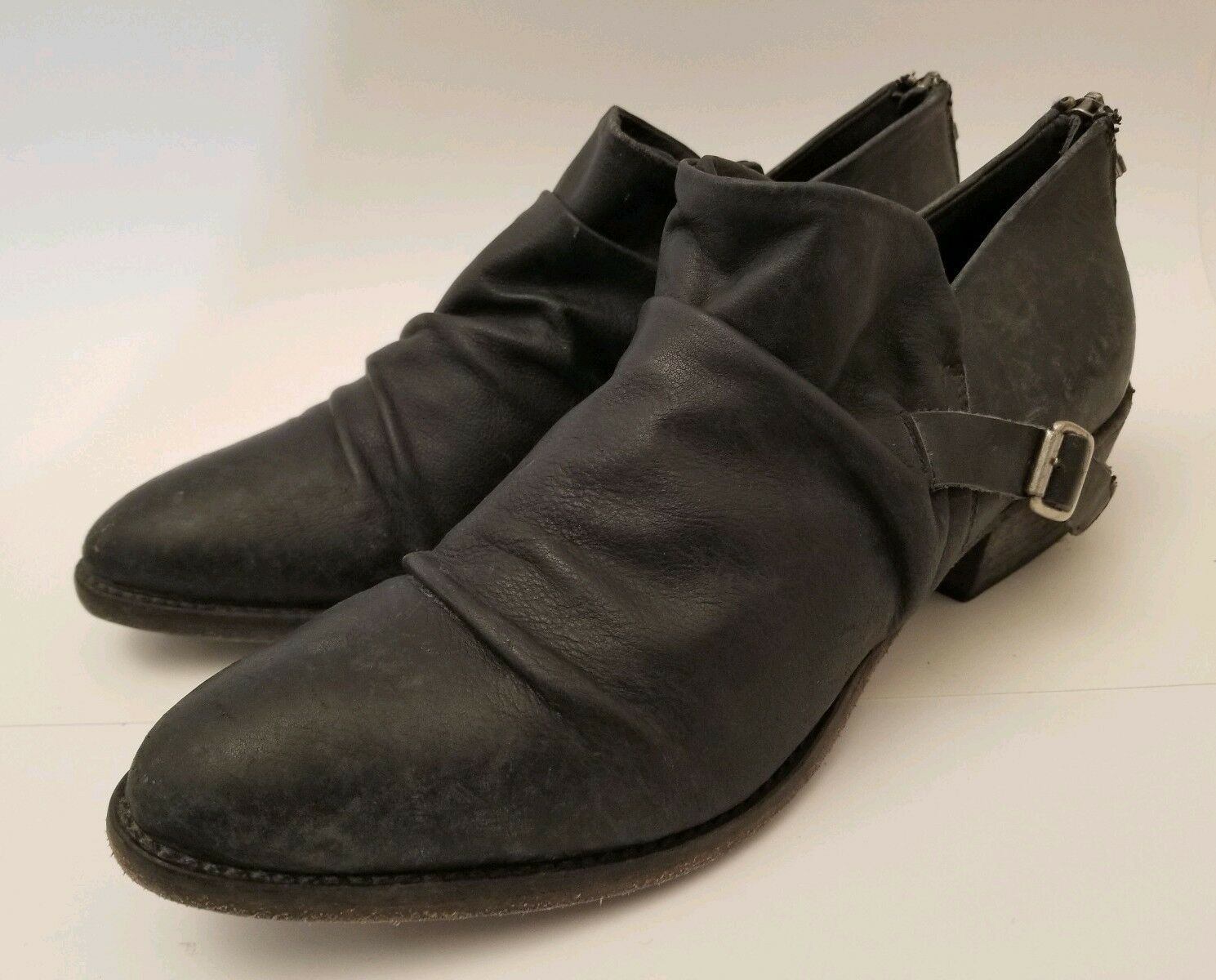 Anthropologie Matisse Wills Distressed Black Leather Ankle Booties Size 9.5 New
