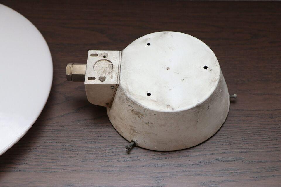 Arne Jacobsen, Eklipta, væglampe