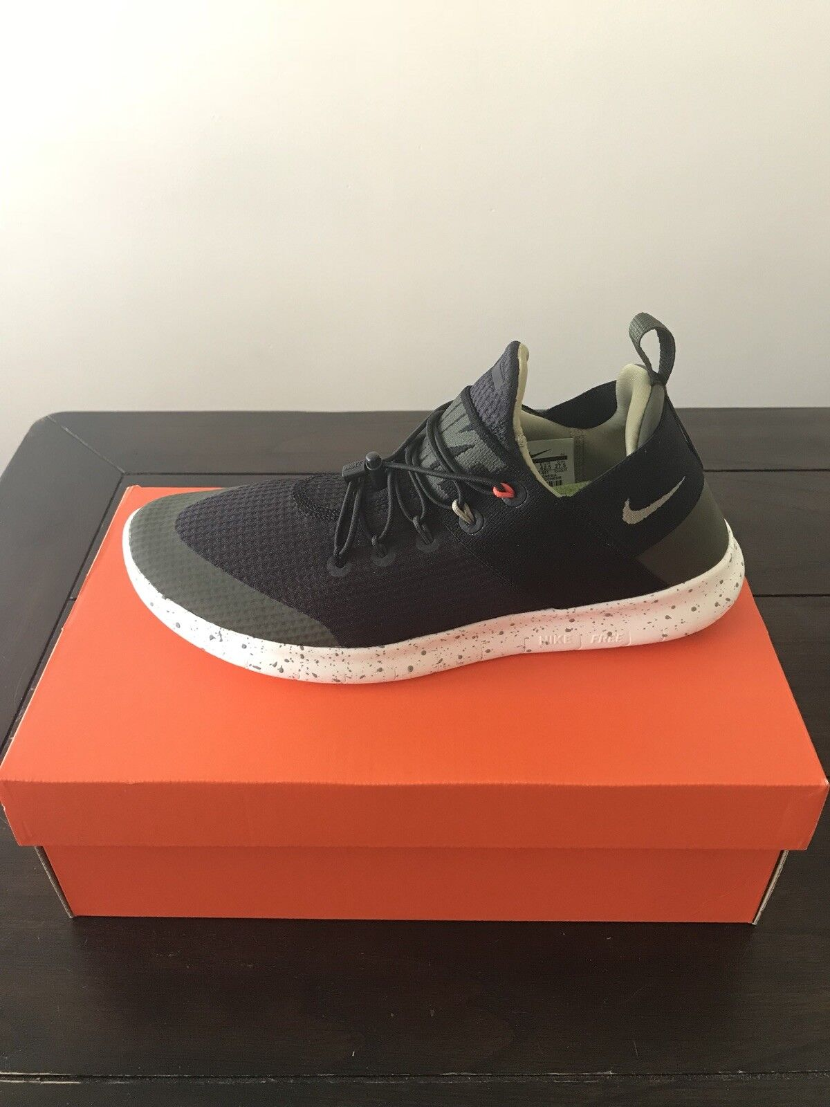 Nike Free Rn 2017 Utilty Womens Size 10.5 NEW IN BOX Mens Size 9.5 SOLD OUT
