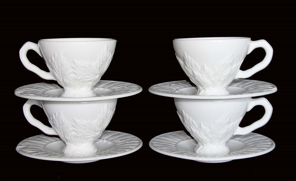8 pc NEIMAN MARCUS ESTE conformité Européene en relief feuilles LRG Blanc Socle Tasses Soucoupes Neuf avec étiquettes