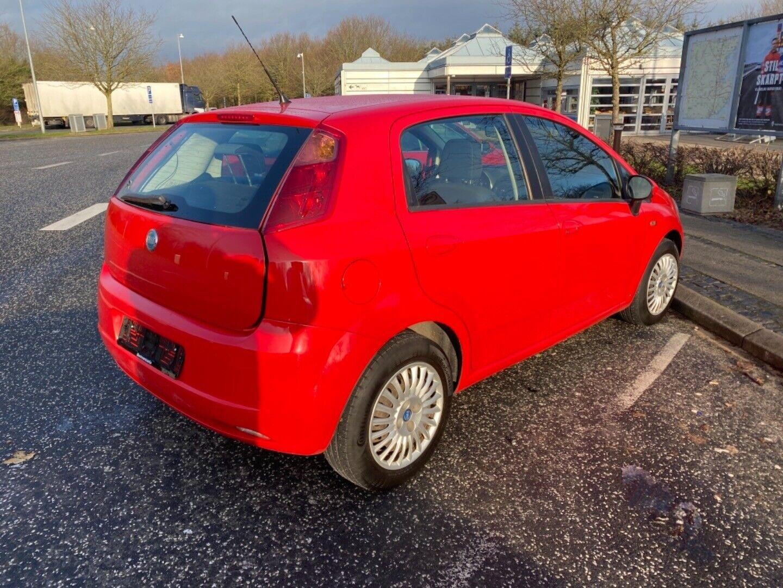 Fiat Grande Punto 1,3 JTD 75 Dynamic 5d