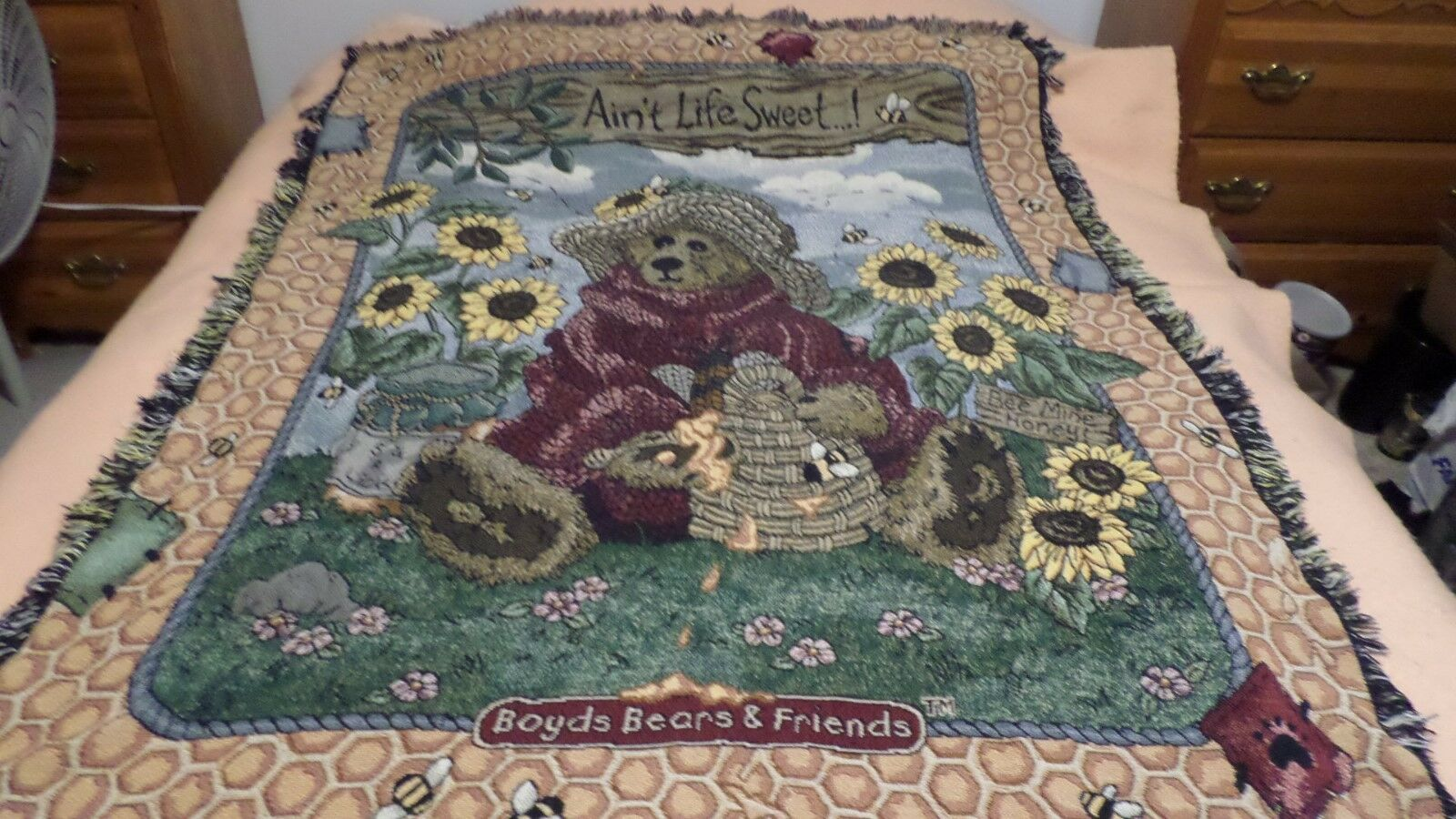 Boyds Bears & Friends  AIN'T LIFE SWEET  Tapestry Afghan Throw