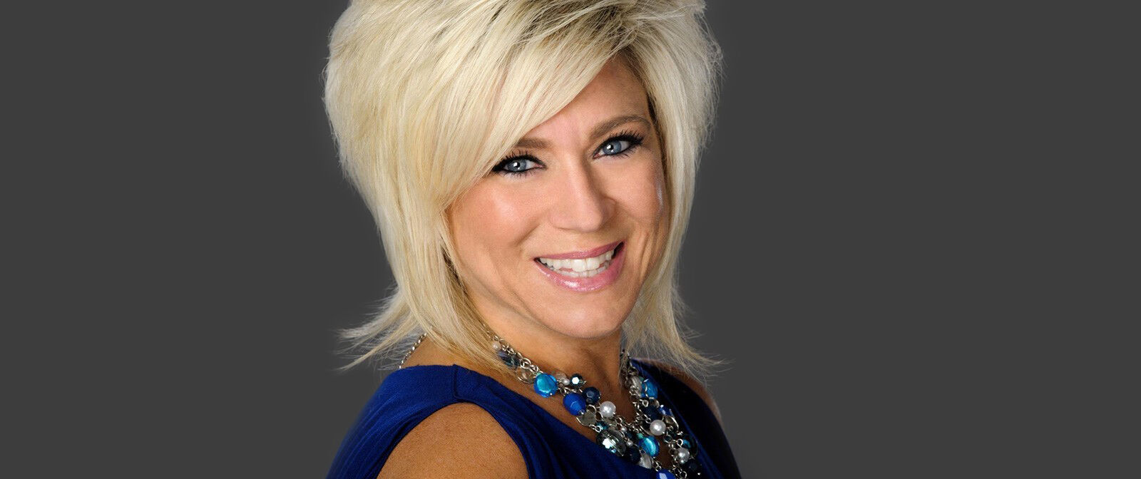 PARKING PASSES ONLY Theresa Caputo