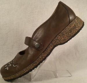 440e8f891 Teva Ventura Olive Green Leather Mary Jane Cork Comfort Shoe Women ...