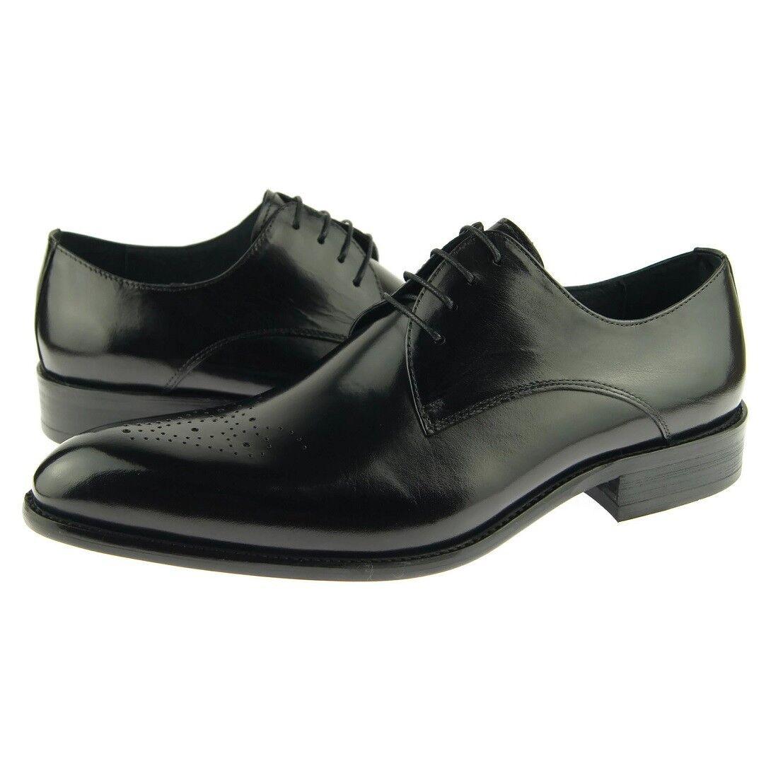 Carrucci Plain Medallion Derby, Men's Dress Leather Oxford shoes, Black