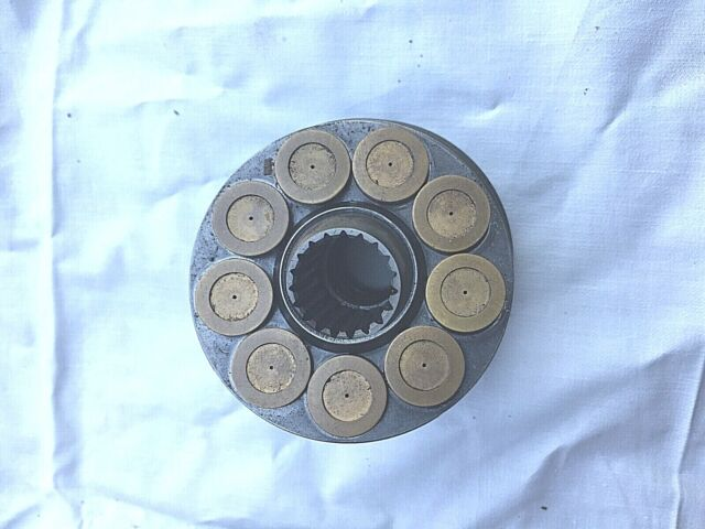 2 DEERE TRANSMISSION HYDRO PUMP CYLINDER BLOCK AM35564 318 420 430 140 316 F935