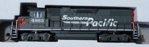 Standard DC Southern Pacific Atlas N #40000625 EMD GP38-2 w//Dynamic Brakes