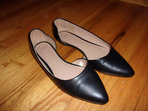 Gently Used Black Pointy Toe D'Orsay Flats Court Shoes Size 9 - Worn Once!