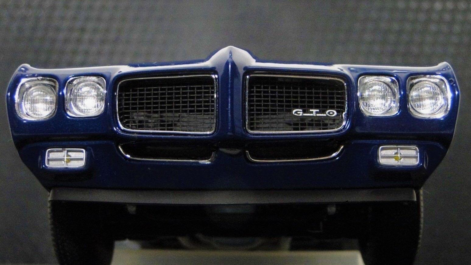 Pontiac GTO 1970s Muscle Car 1 18 Hot Rod Race Dragster Carousel bluee Model 24