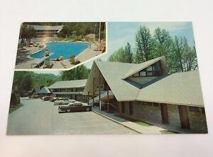 Gatlinburg,TN Tennessee, Twin Islands Motel on the Little