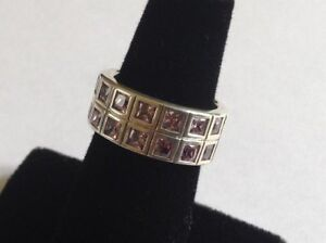 HEAVY-SOLID-STERLING-SILVER-RING-WITH-14-PINK-STONES