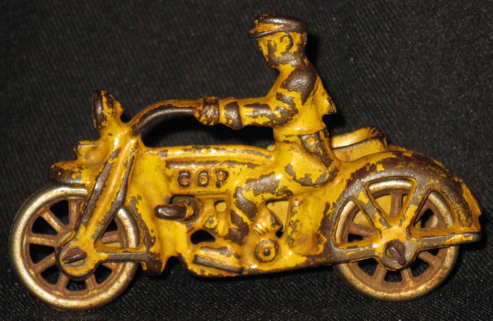 ANTIQUE CAST METAL TOY 'COP' MOTORCYCLE w SIDE CAR EARLY 1900's SPOKE WHEELS