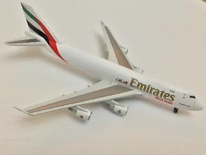Dragon-1-400-Emirates-Boeing-747-400-Cargo