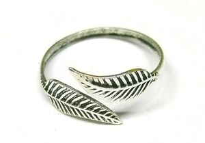 Handmade-Solid-925-Sterling-Silver-Feather-Leaf-Adjustable-Toe-Ring-or-Midi-ring
