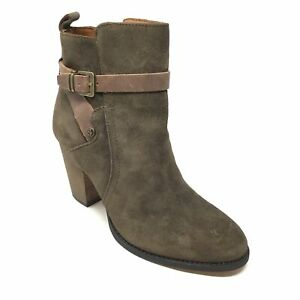 Women-039-s-Ivanka-Trump-Folli-Ankle-Boots-Booties-Shoes-Size-7-5M-Brown-Suede-S11