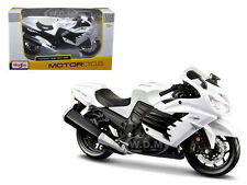 2012 KAWASAKI ZX-14R NINJA WHITE/BLACK 1/12 MOTORCYCLE MODEL BY MAISTO 12028